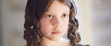 who played young jane in the 2006 adaptation