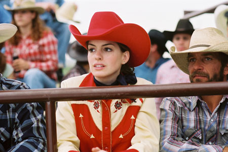"In ""BROKEBACK MOUNTAIN"" she played ?"