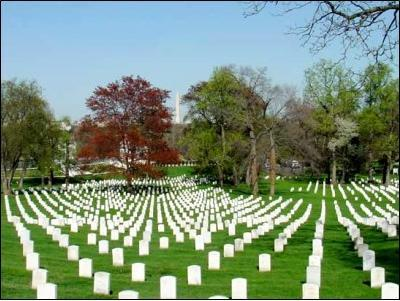Which famous American Civil War general is interred in Arlington Cemetery?