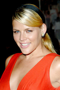 F & G to Undeclared: Busy Philipps (Kim) appeared in both.