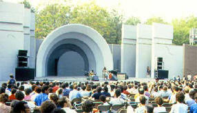 What popular arts festival takes place each summer at the Prospect Park Bandshell?
