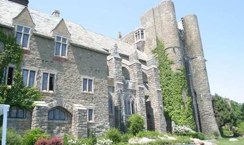 What is the name of this Massachusetts castle?