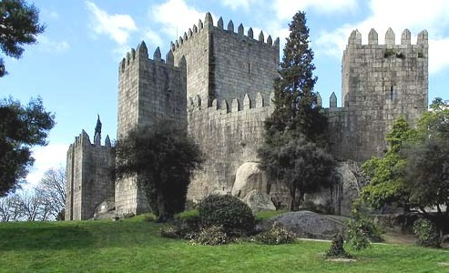 What is the name of this Portuguese castle?