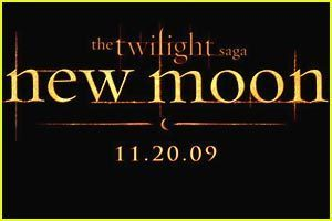 During what award show did the first trailer for New Moon come out?