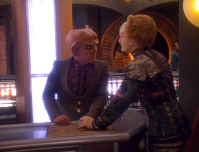 Which звезда Trek:DS9's episode is this picture from?