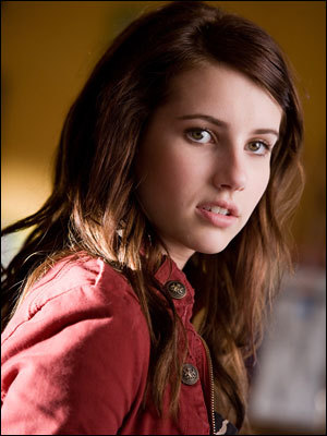 How old is Emma Roberts in the movie(Andi)?