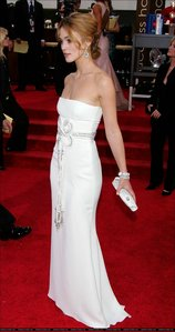 To which 2006 award ceremony did Keira wear this dress?