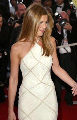 To which film festival did Jennifer wear this dress?