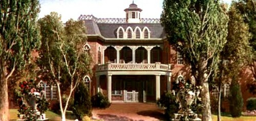 Famous movie houses: Which movie is this house from?
