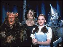 True Or False - The scarecrow,tin man and lion  sometimes had  their lunch through straws because of their costumes?