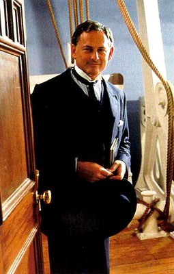 How much time did Mr Andrews give to Titanic before it will sink?