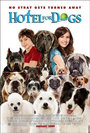 What was Emma Roberts's character name in Hotel for Dogs?
