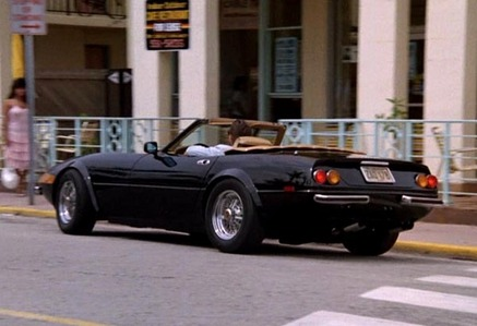 In which TV show can we see this 1972 Ferrari 365 GTS/4 ?