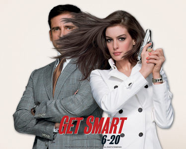 What did Anne split open on a pole during filming of the movie Get Smart, resulting in 15 stitches?