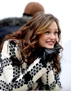 Blair said Chuck:'three words and i'm yours', which three words?