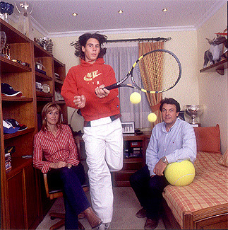 What is the name of Rafa parents?