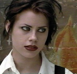 Hot Evil Doers: Name the volpe femmina, vixen