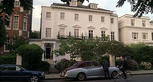 início SWEET HOME: In which film would you find this house?