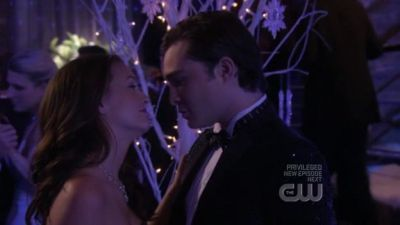 How many people does Chuck tell he loves Blair before he tells her??