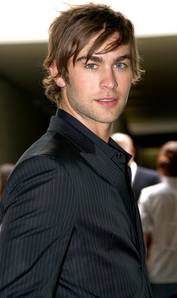 Did Chace Crawford win any awards?