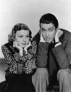ON SCREEN COUPLES: In 'The duka Around the Corner,' Jimmy Stewart and Margaret Sullivan fall in upendo in which country?