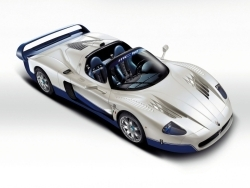 Top Speed of this car (Maserati MC12) ?