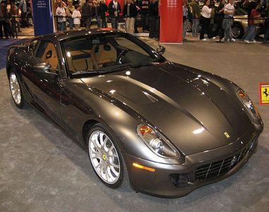 Which is this wonderful Ferrari's model ?