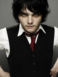 Does Gerard Way have any Tattoos?