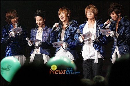 Who in SS501 is born on 6th June 1986?