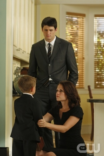 What are Nathan and Haley about to tell Jamie?