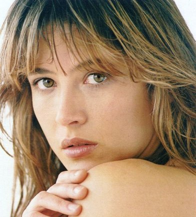 FRENCH ACTRESSES : Who is she ?