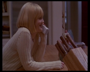 In Scream: What was Casey Becker getting ready to do before the Killer called her?