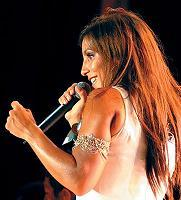 Ivete created a new song , what's name of it ?