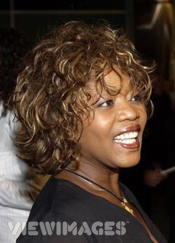 In Desperate Housewives, who was the first choice to play Betty Applewhite before Alfre Woodard