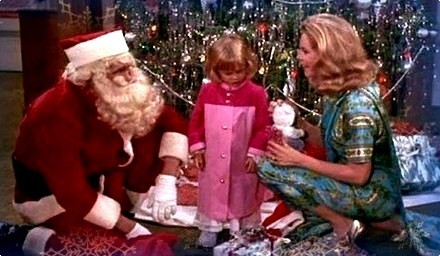 This is a scene from which Bewitched Christmas episode?
