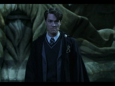 Which of Harry's vrienden did Tom Riddle used to find Harry?