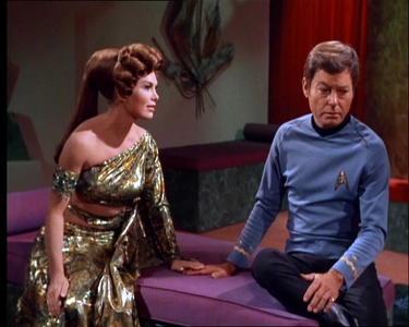 Which nyota Trek tos's episode is this picture from?
