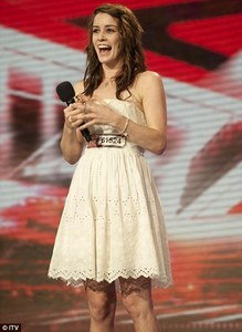 What song did this contestant sing in her first audition?