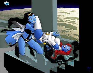 How will win Mystique vs Shadow Lass?