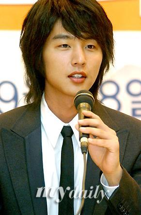 Whose famous cousin is Shin Dong Wook ??