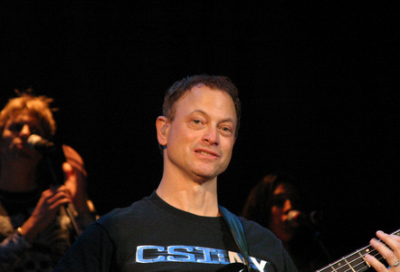 "It's often reported that Gary Sinise is 5' 10"" in height. Those of us who have met him know different, and those that haven't can probably guess that his true height is:"