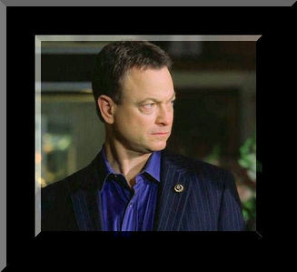 Alas, even Gary Sinise has a weakness. Which one of the following makes him feel ill?