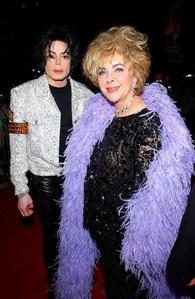 Did Michael ever propose to elizabeth taylor?