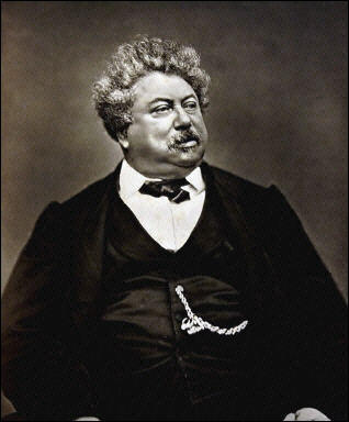 FAMOUS AUTHORS: Of these four novels, which is the only one written por Alexandre Dumas?