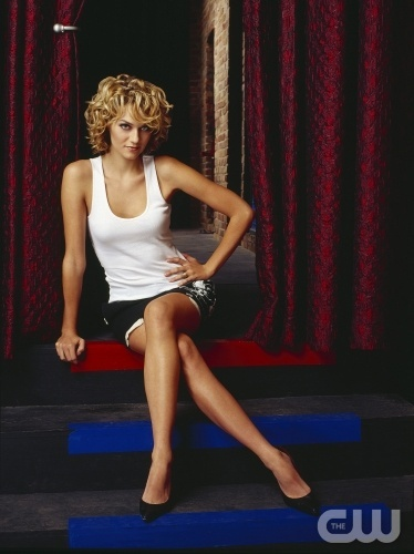 Was Hilarie allowed to watch MTV growing up?