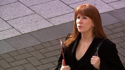 Where was Donna working when she meet the doctor for the very first time?