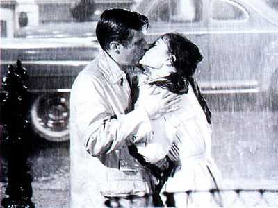 Which movie is this iconic kiss from?