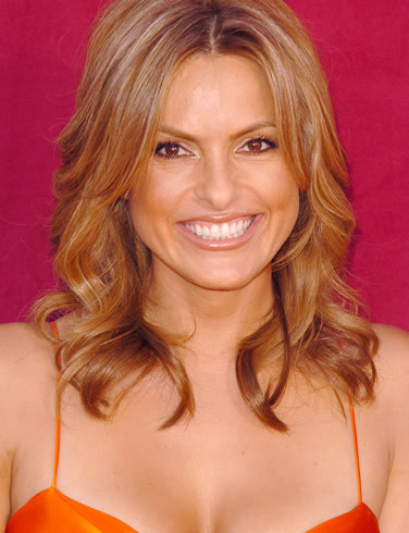 """FAMOUSLY RELATED! Mariska Hargitay is best known for her role in tv's """"Law And Order: SVU."""" Who was her very famous actress mother?"""