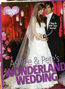 When did Ashlee Marry Pete Wentz?