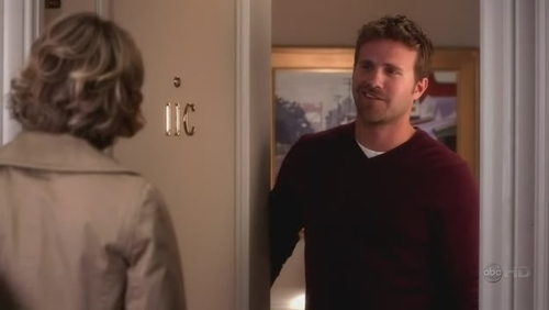 What is the name of this man that Samantha mistakes for Todd?